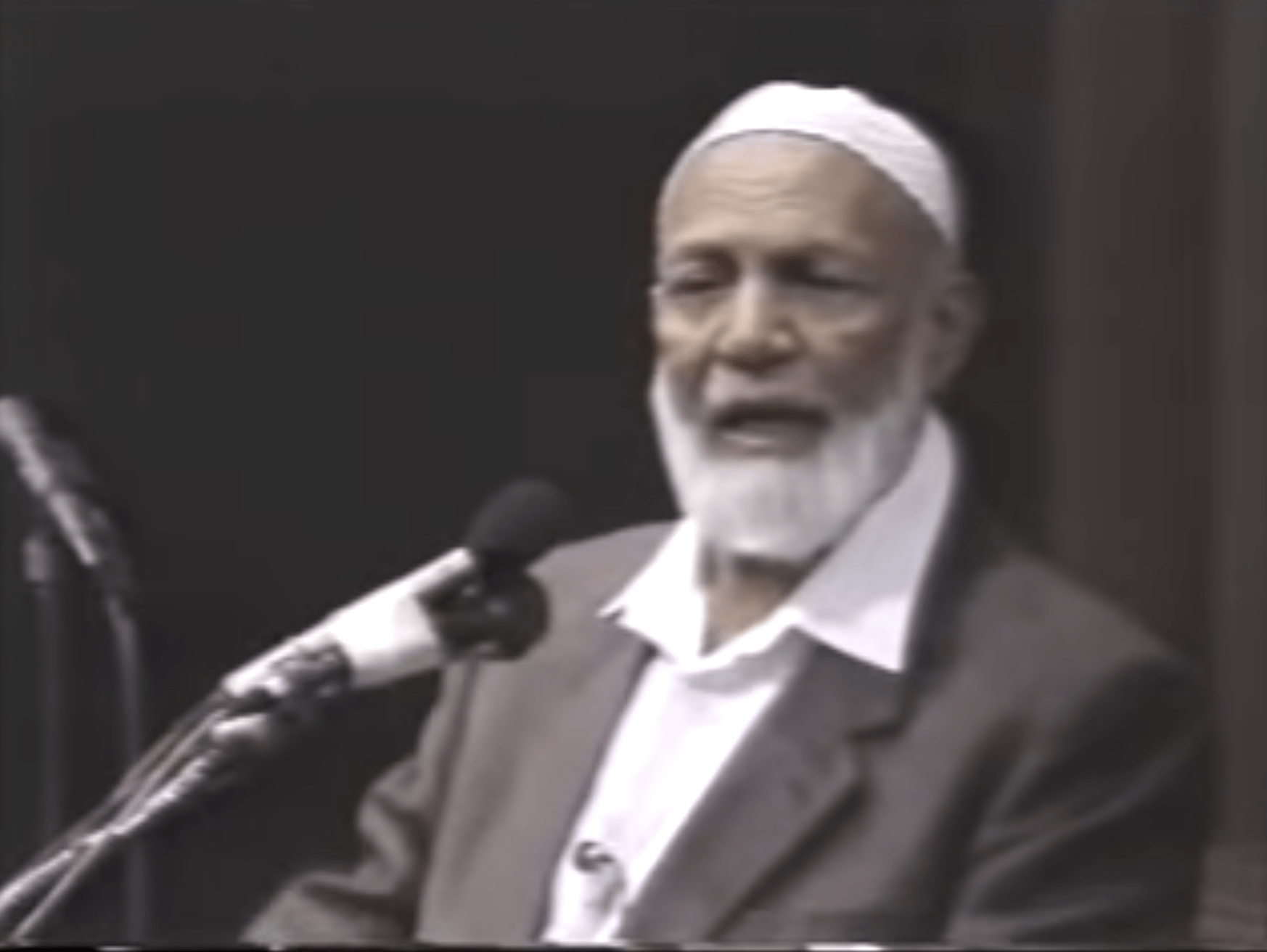Ahmed Deedat – Jesus Christ in Christianity and in Islam