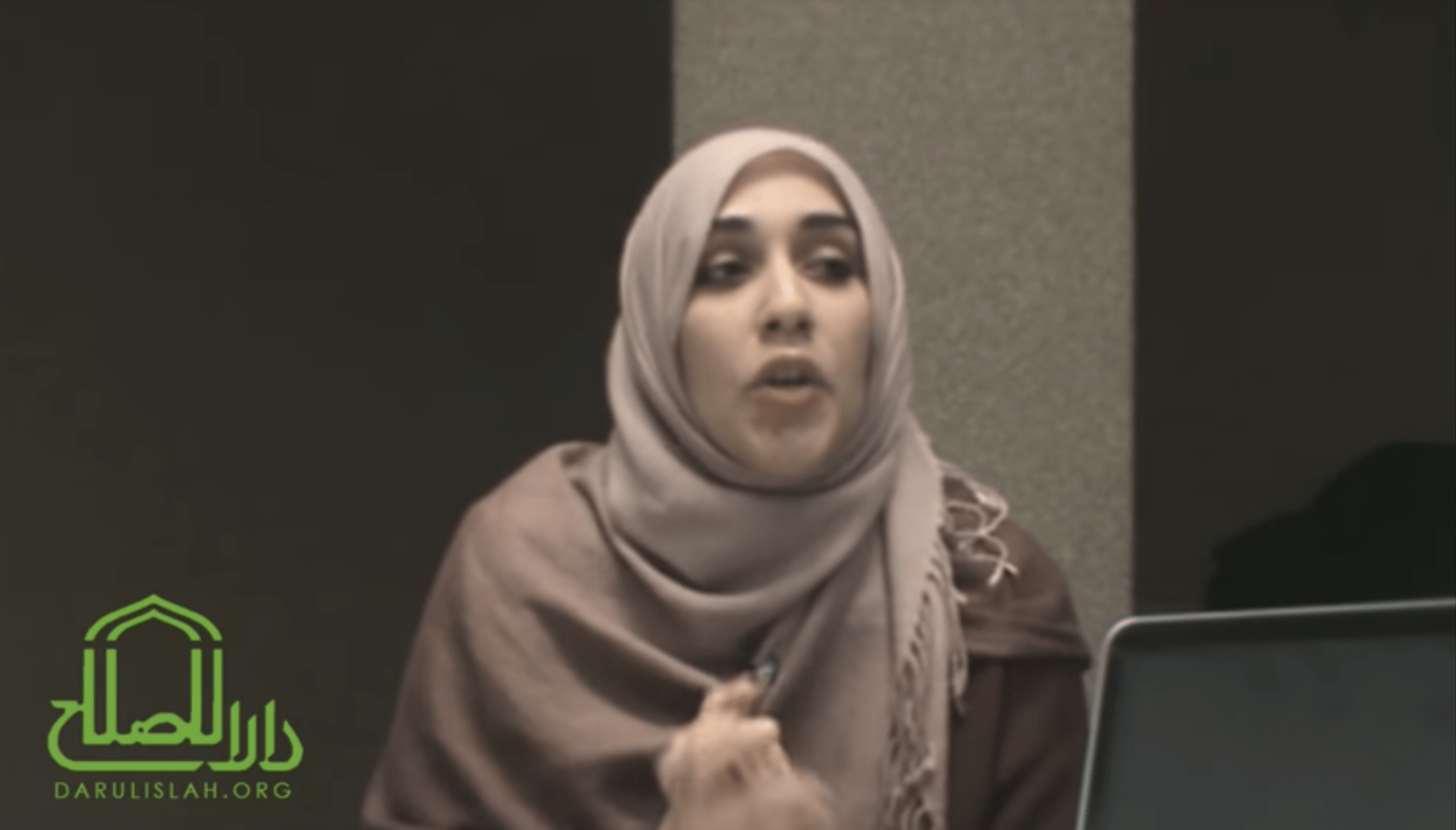 Yasmin Mogahed – Hardships: Path to the Most Merciful