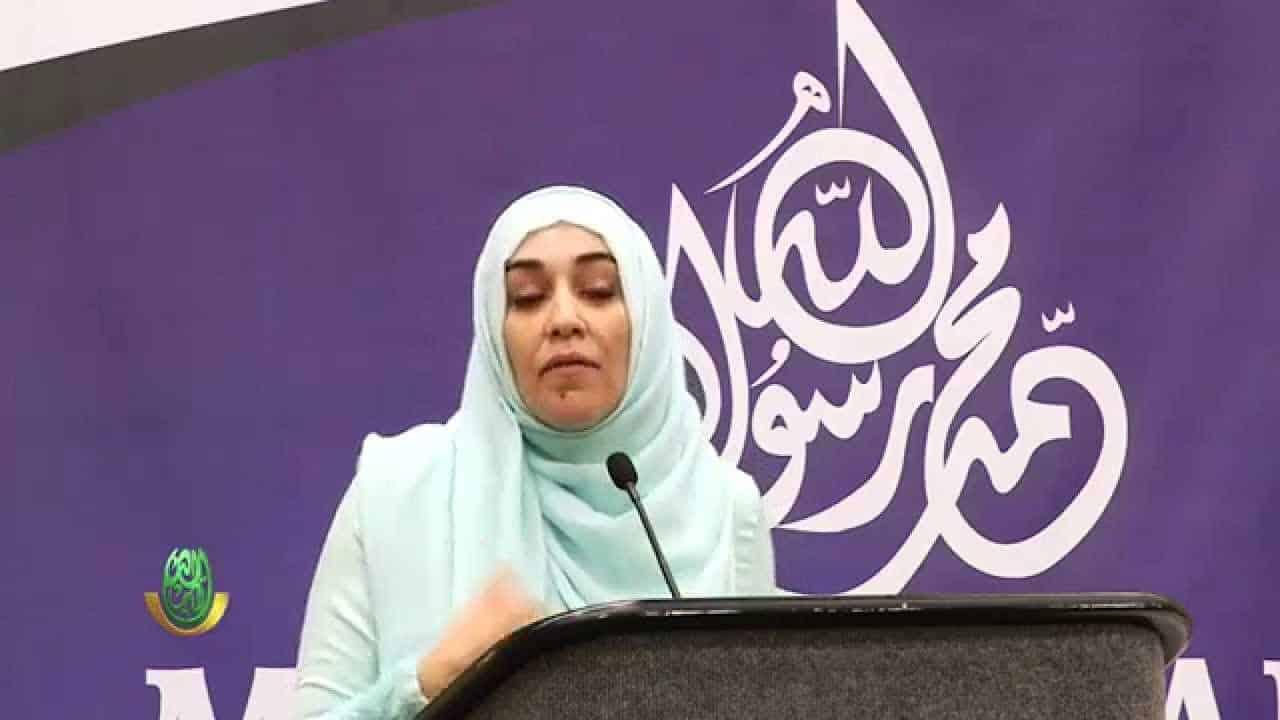 Yasmin Mogahed – Defeating Tactics of Shaytaan