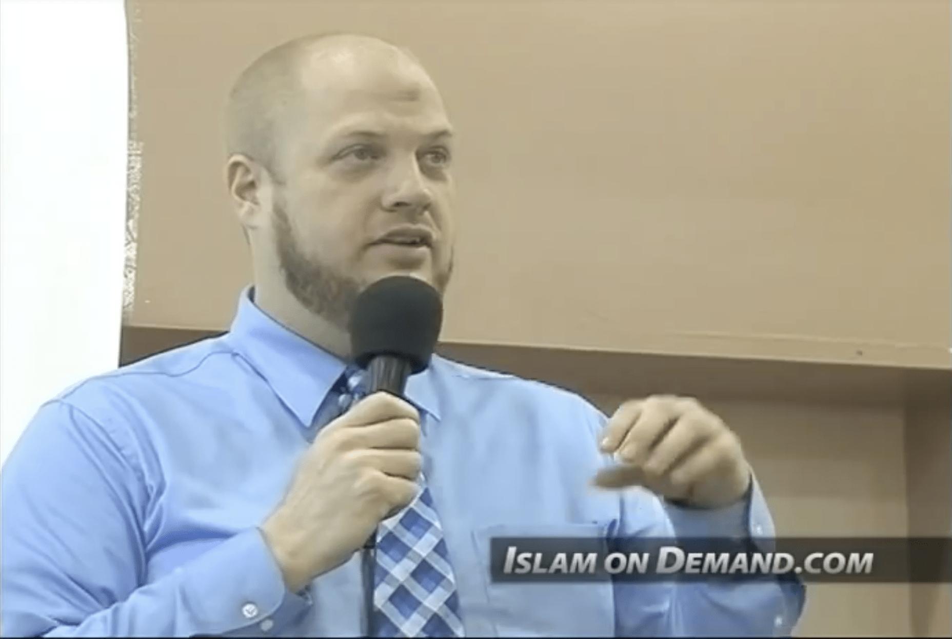 Suhaib Webb – Deen Over Desire: Building the Islamic Identity