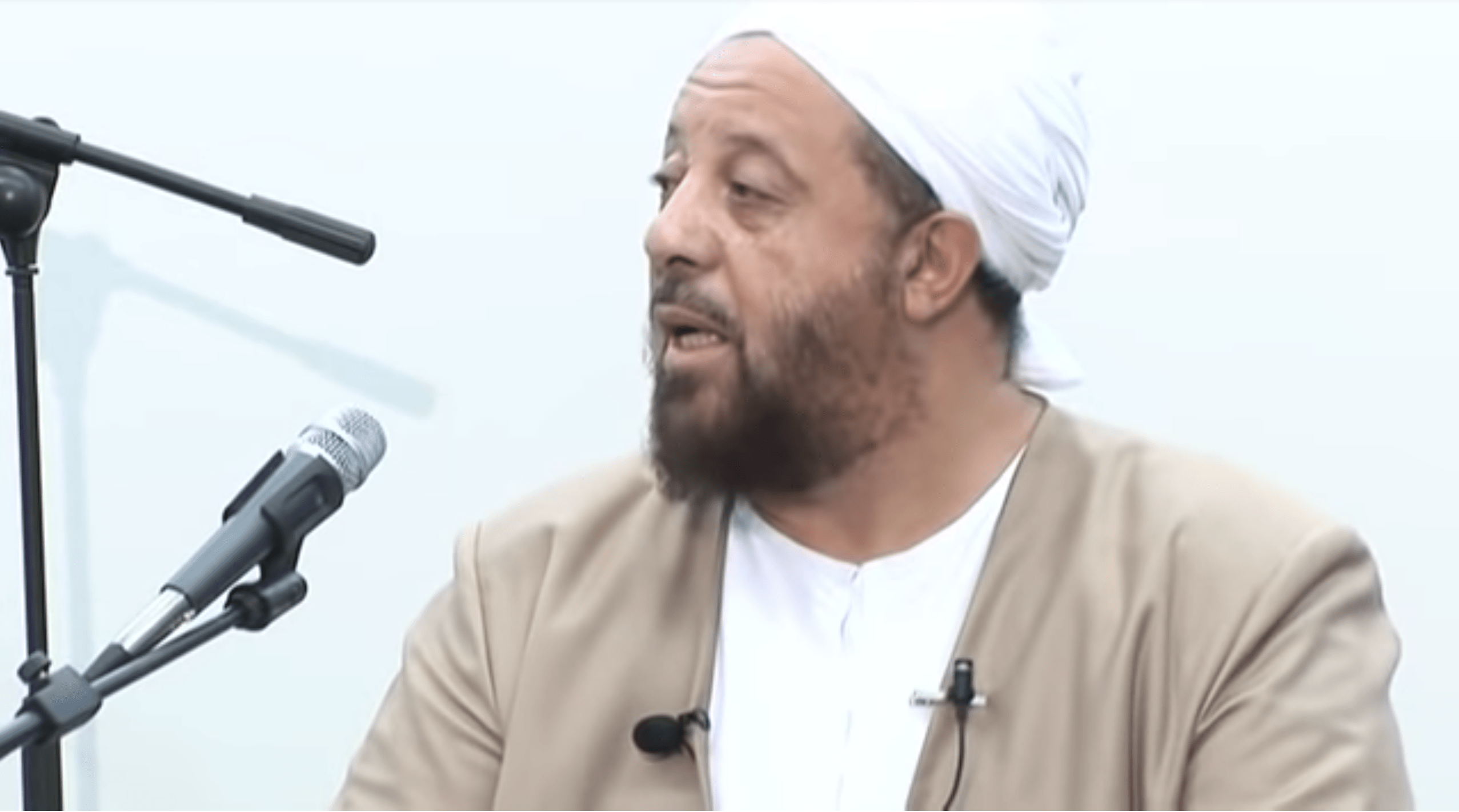 Abdullah Hakim Quick – How to Obtain Contentment