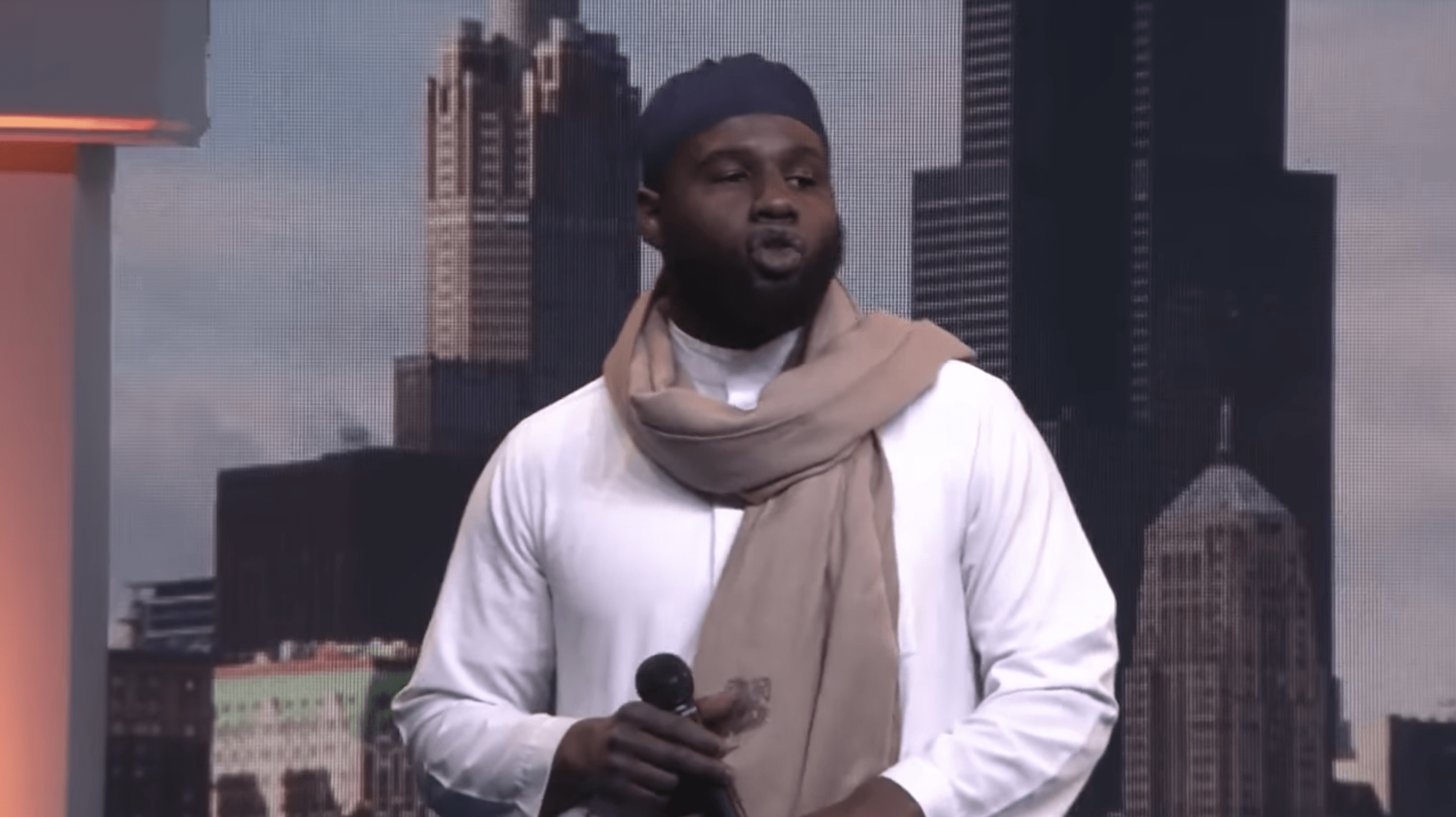 Ibn Ali Miller – Confident Muslim: On Finding Your Purpose and Investing in the Youth