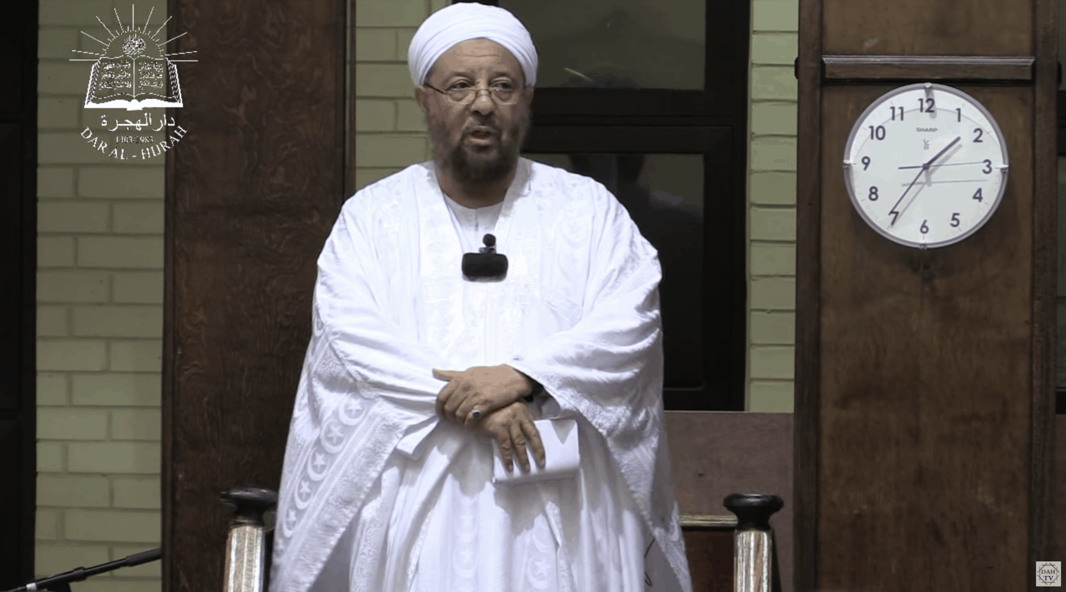 Abdullah Hakim Quick – Urgent Alarm in The Age of Crisis