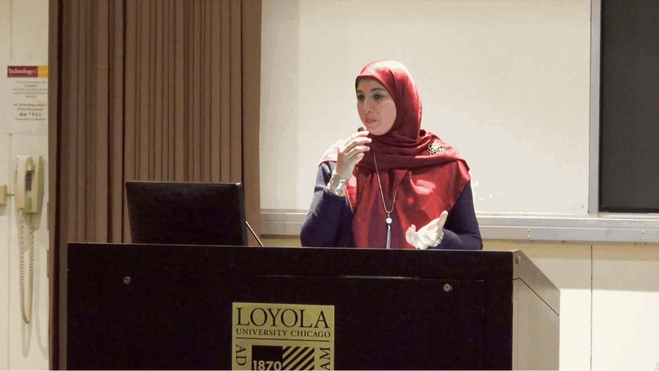 Suzy Ismail – Looking Beyond the Headscarf