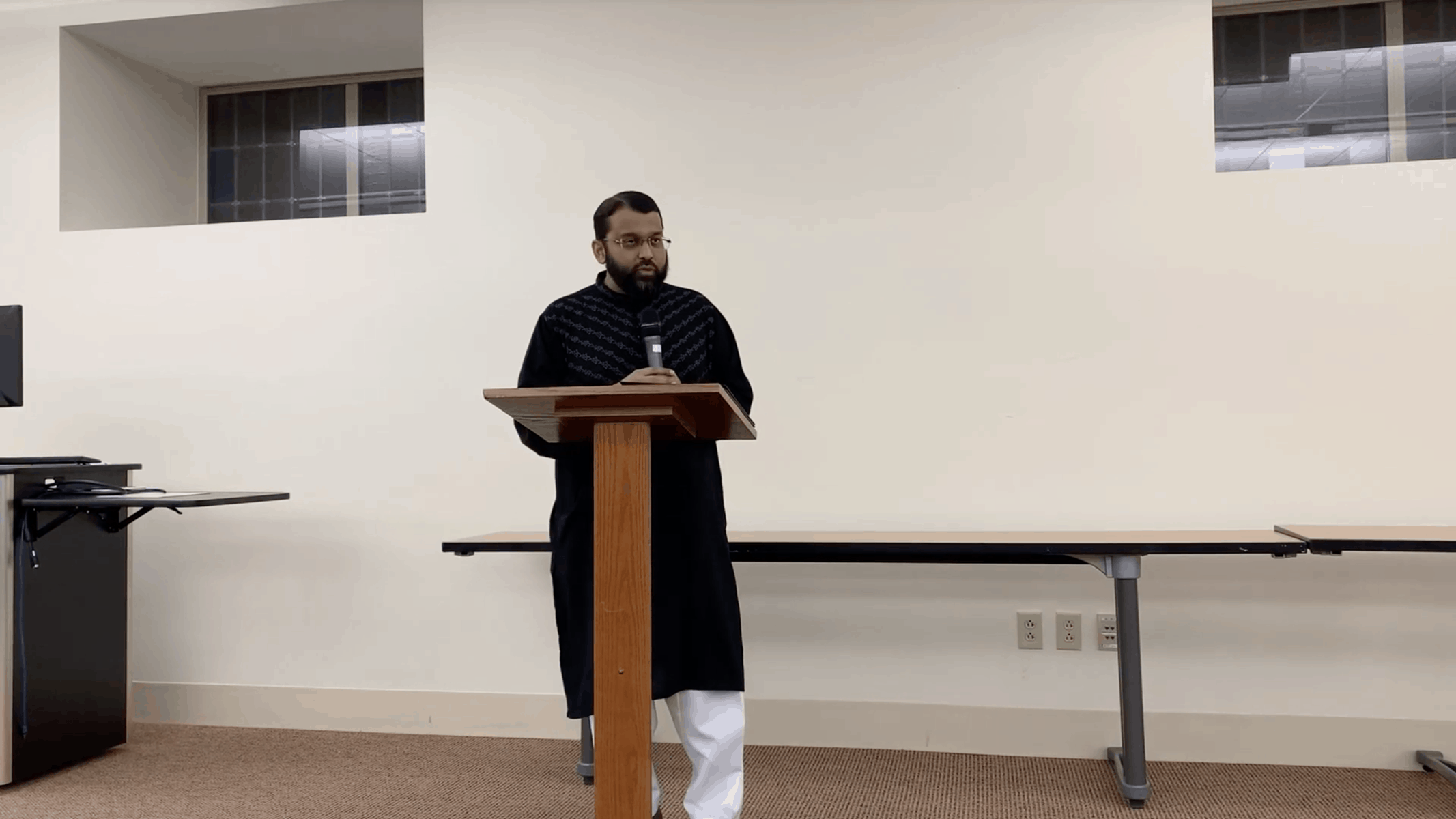 Yasir Qadhi – Politicizing Tragedy? A Muslim Academic's Response to The New Zealand Massacre