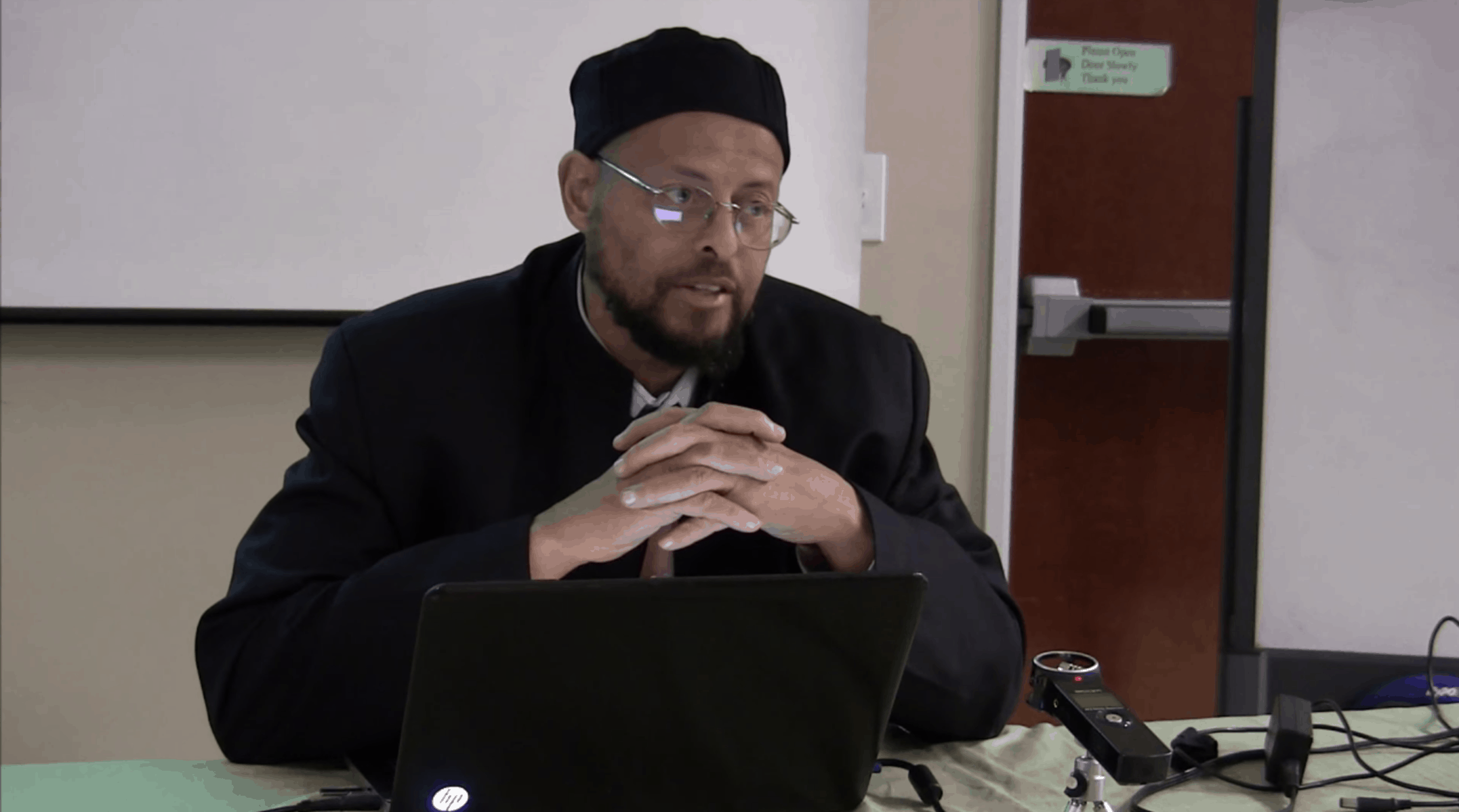Zaid Shakir – The Ethical Foundation of Sharia (Islamic Law)