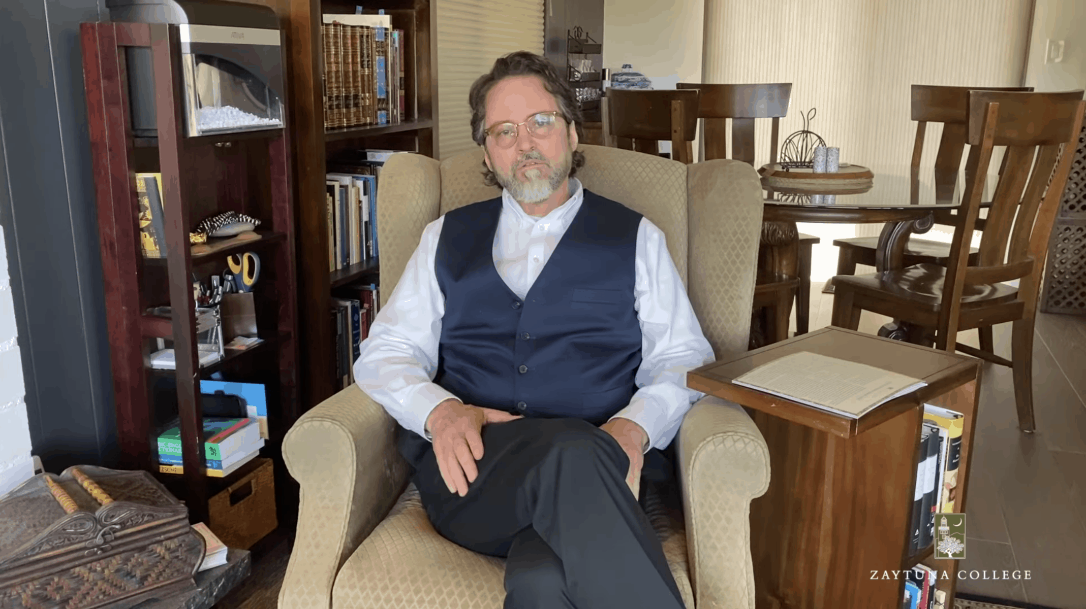 "Hamza Yusuf – Ramadan Message: ""The Hearts Can Still Remain Connected"""