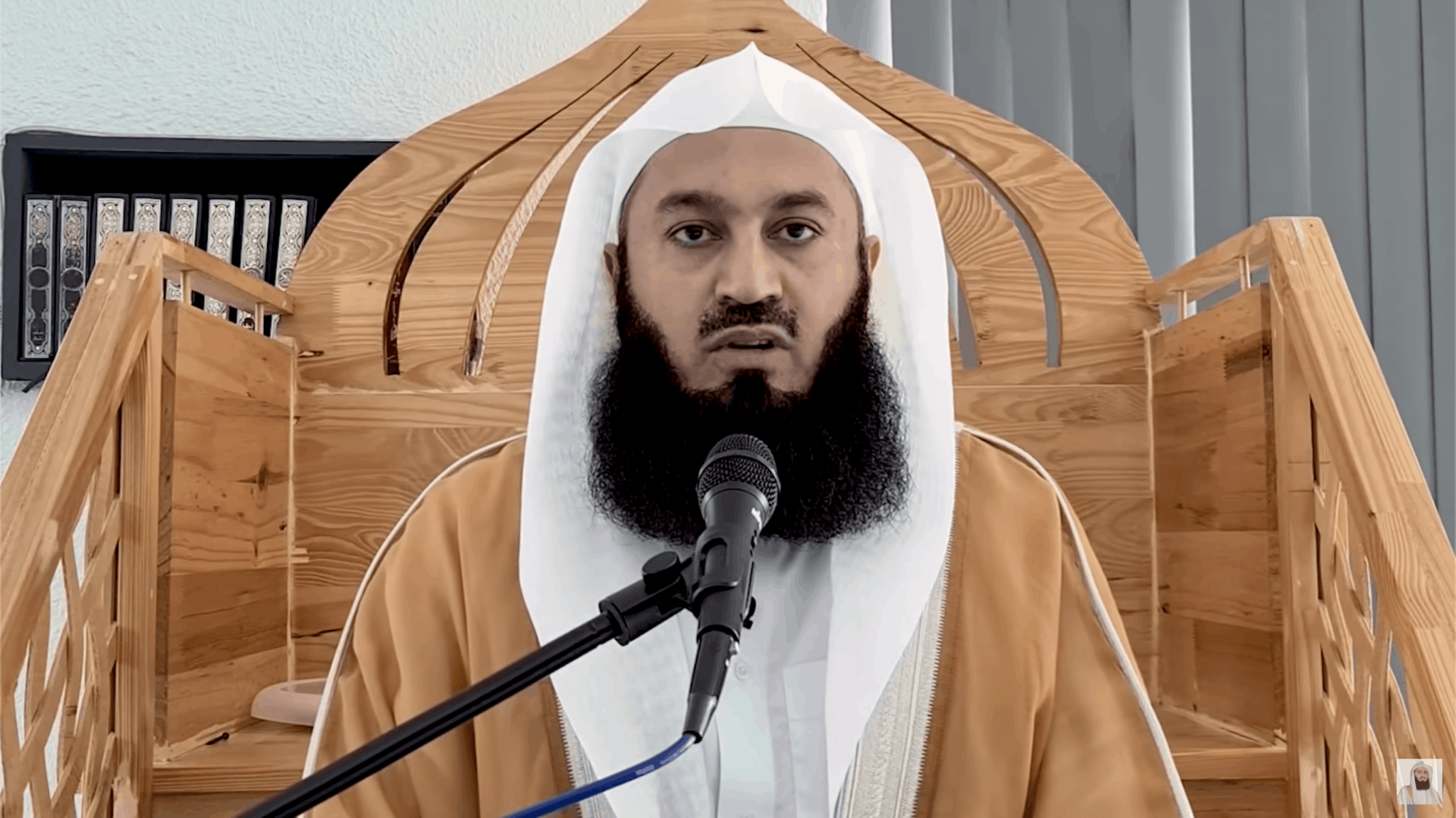 Ismail ibn Musa Menk – Trust in Allah During Trying Times